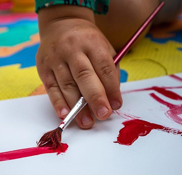 barn som ritar Grand Challenge